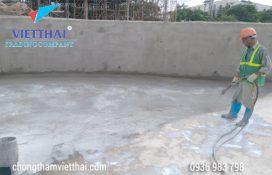 thi công chống thấm bể nước thải lớp đầu tiên