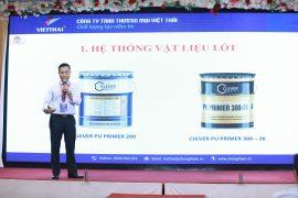 Diễn giả Mr Giang trình bày tính năng mới của vật liệu quét lót
