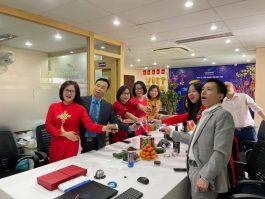 Khai Xuân Tân Sửu Công ty Việt Thái 2021 vui nhưng không quên nhiệm vụ